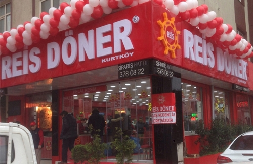 Restoranlarda Yeniden Açılma Sevinçi Yaşanıyor
